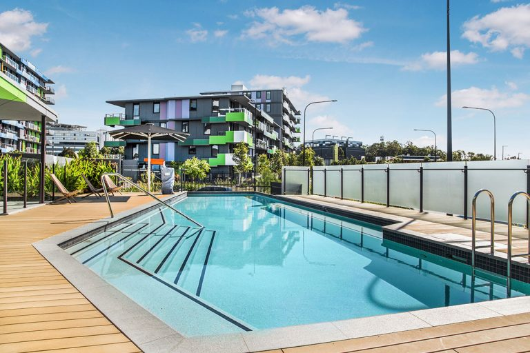 southport rentals - pool