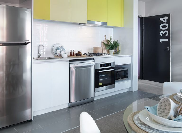 1 Bedroom Display Kitchen