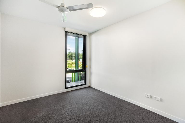 2 bed apartments southport